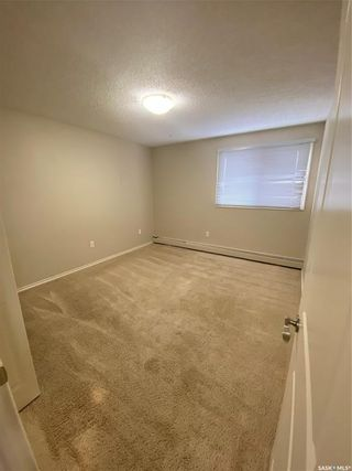 Photo 10: 305 254 Pinehouse Place in Saskatoon: Lawson Heights Residential for sale : MLS®# SK842166