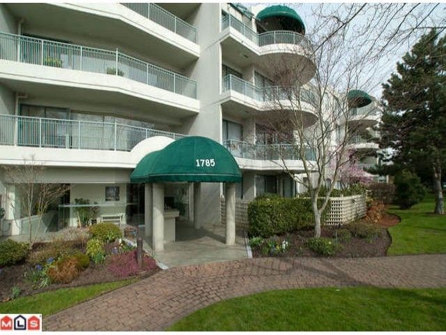 FEATURED LISTING: 306 - 1785 MARTIN Drive Surrey