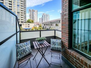 """Photo 18: 203 10 RENAISSANCE Square in New Westminster: Quay Condo for sale in """"Murano Lofts"""" : MLS®# R2619695"""