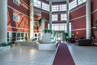 """Photo 2: 101 2626 COUNTESS Street in Abbotsford: Abbotsford West Condo for sale in """"Wedgewood"""" : MLS®# R2173351"""
