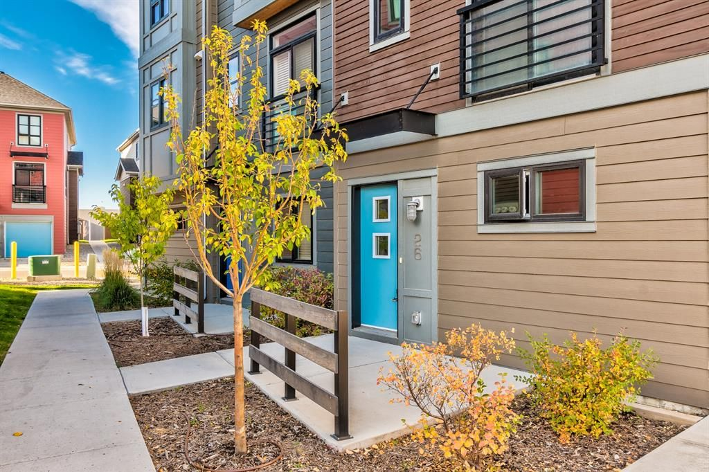 Main Photo: 26 Walden Path SE in Calgary: Walden Row/Townhouse for sale : MLS®# A1150534