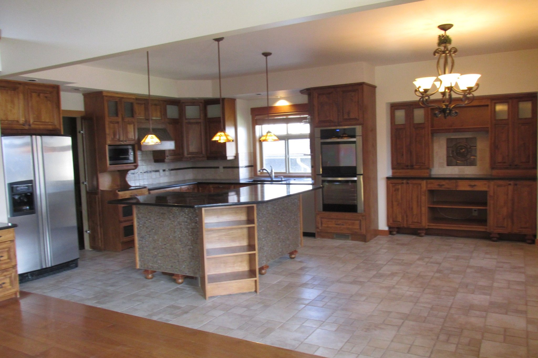 Photo 3: Photos: 1039 Hudson Rd. in West Kelowna: Lakeview Heights House for sale : MLS®# 10181783