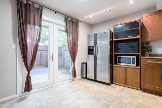 """Photo 11: 233 BALMORAL Place in Port Moody: North Shore Pt Moody Townhouse for sale in """"Balmoral Place"""" : MLS®# R2585129"""