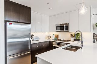 Photo 4: 318 305 18 Avenue SW in Calgary: Mission Apartment for sale : MLS®# C4294796