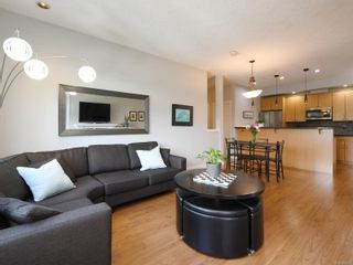 Photo 6: 305 623 Treanor Ave in : La Thetis Heights Condo for sale (Langford)  : MLS®# 874503
