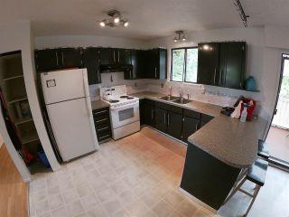 Photo 4: 5798 NEPTUNE Road in Sechelt: Sechelt District House for sale (Sunshine Coast)  : MLS®# R2400783