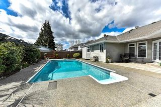 "Photo 18: 18672 62A Avenue in Surrey: Cloverdale BC House for sale in ""Eagle Crest"" (Cloverdale)  : MLS®# R2156755"