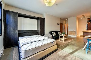 """Photo 6: 204 1230 HAMILTON Street in Vancouver: Yaletown Condo for sale in """"THE COOPERAGE"""" (Vancouver West)  : MLS®# R2549610"""