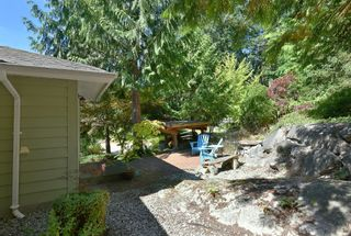 Photo 2: 1142 ROBERTS CREEK Road: Roberts Creek House for sale (Sunshine Coast)  : MLS®# R2612861