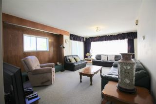 Photo 3: 4161 PANDORA Street in Burnaby: Vancouver Heights House for sale (Burnaby North)  : MLS®# R2369098