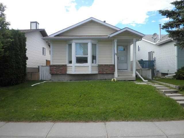 Main Photo: 11 TARAGLEN Road NE in CALGARY: Taradale Residential Detached Single Family for sale (Calgary)  : MLS®# C3531546