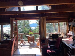 Photo 9: 3701 Starboard Cres in : GI Pender Island House for sale (Gulf Islands)  : MLS®# 872731