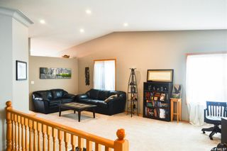 Photo 9: 109 306 La Ronge Road in Saskatoon: Lawson Heights Residential for sale : MLS®# SK845125