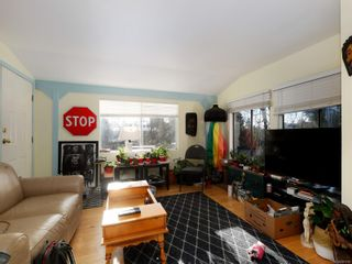 Photo 2: 1120 Donna Ave in : La Langford Lake Manufactured Home for sale (Langford)  : MLS®# 881720
