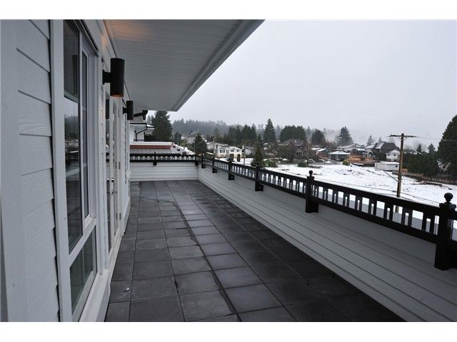 FEATURED LISTING: 415 - 553 FOSTER Avenue Coquitlam