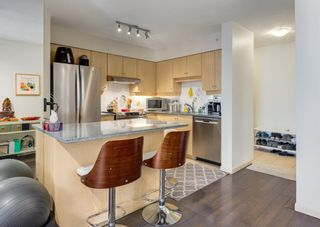 Photo 3: 1605 650 10 Street SW in Calgary: Downtown West End Apartment for sale : MLS®# A1108140