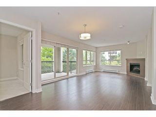 "Photo 8: 216 8915 202 Street in Langley: Walnut Grove Condo for sale in ""Hawthorne"" : MLS®# R2573295"