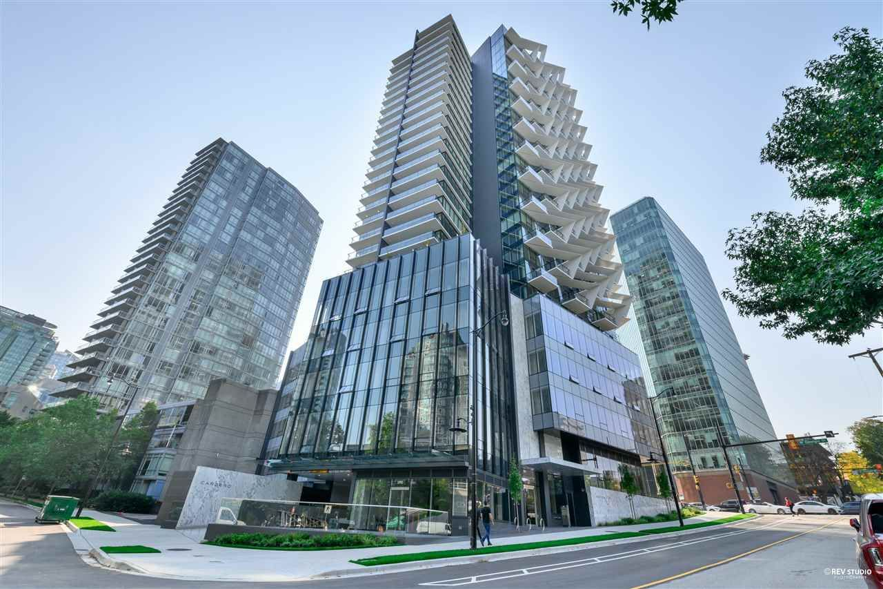 """Main Photo: 2001 620 CARDERO Street in Vancouver: Coal Harbour Condo for sale in """"Cardero"""" (Vancouver West)  : MLS®# R2563409"""