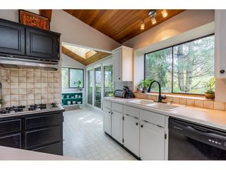 """Photo 8: 5693 246B Street in Langley: Salmon River House for sale in """"Strawberry Hills"""" : MLS®# R2581295"""