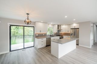 Photo 7: 33019 MALAHAT Place in Abbotsford: Central Abbotsford House for sale : MLS®# R2625309