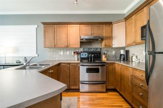 """Photo 5: 12 6588 188 Street in Surrey: Cloverdale BC Townhouse for sale in """"Hillcrest Place"""" (Cloverdale)  : MLS®# R2375051"""