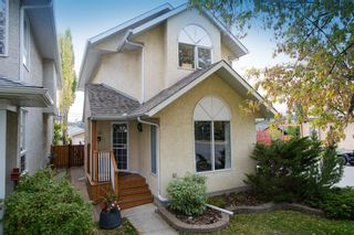 Main Photo: 1139 18 Avenue NW in Calgary: Capitol Hill Detached for sale : MLS®# A1069744