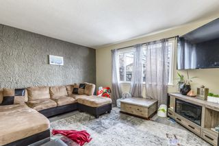Photo 2: 2507 17A Street NW in Calgary: Capitol Hill Detached for sale : MLS®# A1080536