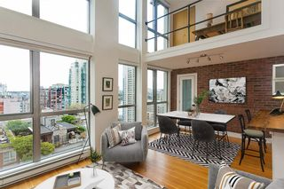 """Photo 2: 1008 1238 RICHARDS Street in Vancouver: Yaletown Condo for sale in """"METROPOLIS"""" (Vancouver West)  : MLS®# R2452504"""