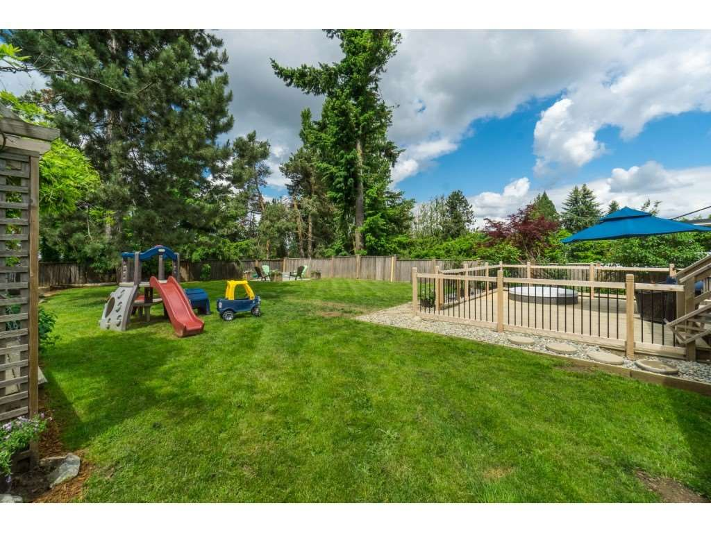 """Photo 36: Photos: 2669 VALEMONT Crescent in Abbotsford: Abbotsford West House for sale in """"West Clearbrook"""" : MLS®# R2460646"""