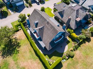 """Photo 8: 8315 TUGBOAT Place in Vancouver: Southlands House for sale in """"Angus Lands"""" (Vancouver West)  : MLS®# R2625838"""
