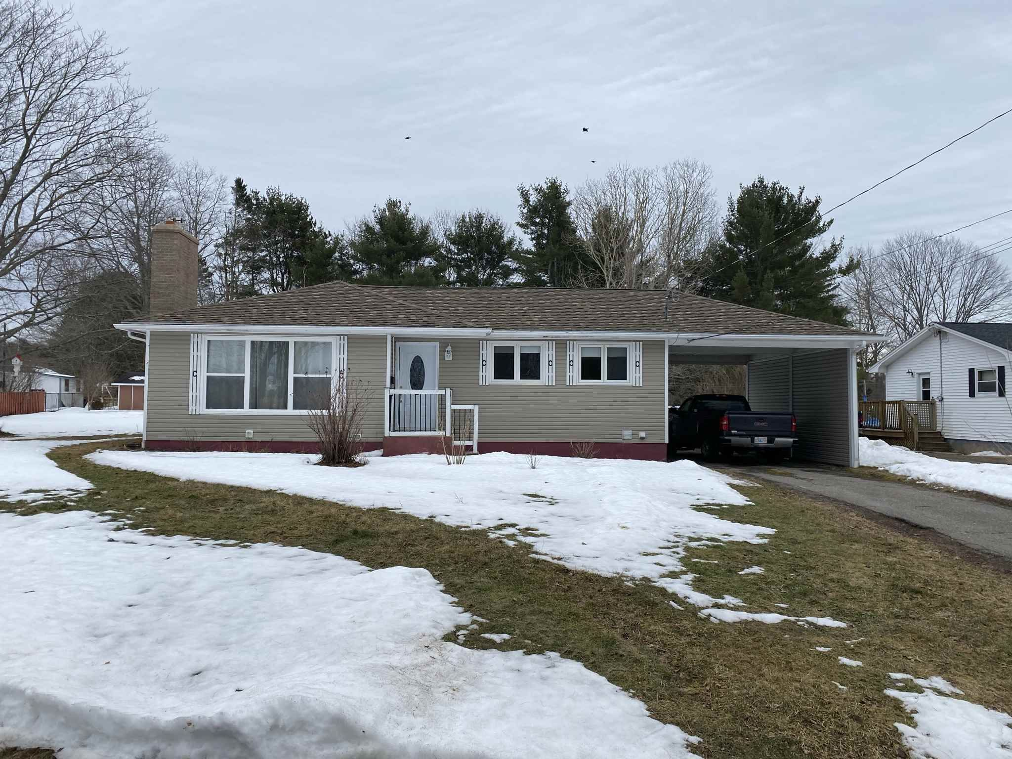 Main Photo: 983 Scott Drive in North Kentville: 404-Kings County Residential for sale (Annapolis Valley)  : MLS®# 202103615
