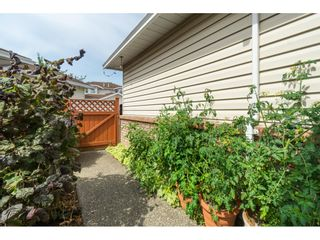 """Photo 27: 7 9163 FLEETWOOD Way in Surrey: Fleetwood Tynehead Townhouse for sale in """"Beacon Square"""" : MLS®# R2387246"""
