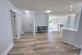 Photo 13: 1360 LaCroix Crescent in Prince Albert: Carlton Park Residential for sale : MLS®# SK868529