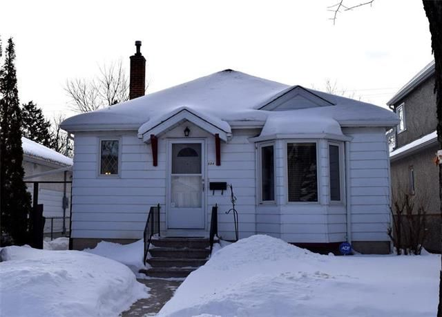 Main Photo: 854 Dudley Avenue in Winnipeg: Crescentwood Residential for sale (1B)  : MLS®# 1904508