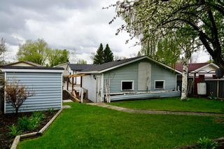 Photo 4: 3434 30A Avenue SE in Calgary: Dover Detached for sale : MLS®# A1111943