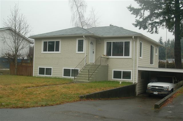 Main Photo: 1950 STEWART AVE in COURTENAY: Residential Detached for sale : MLS®# 323954