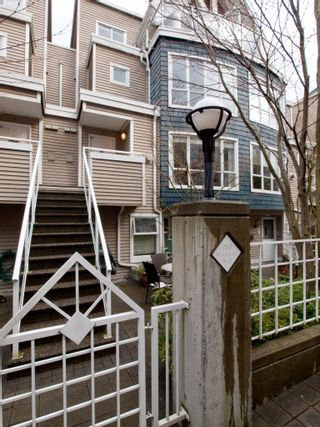 "Photo 27: 26 788 W 15TH Avenue in Vancouver: Fairview VW Townhouse for sale in ""SIXTEEN WILLOWS"" (Vancouver West)  : MLS®# V938784"