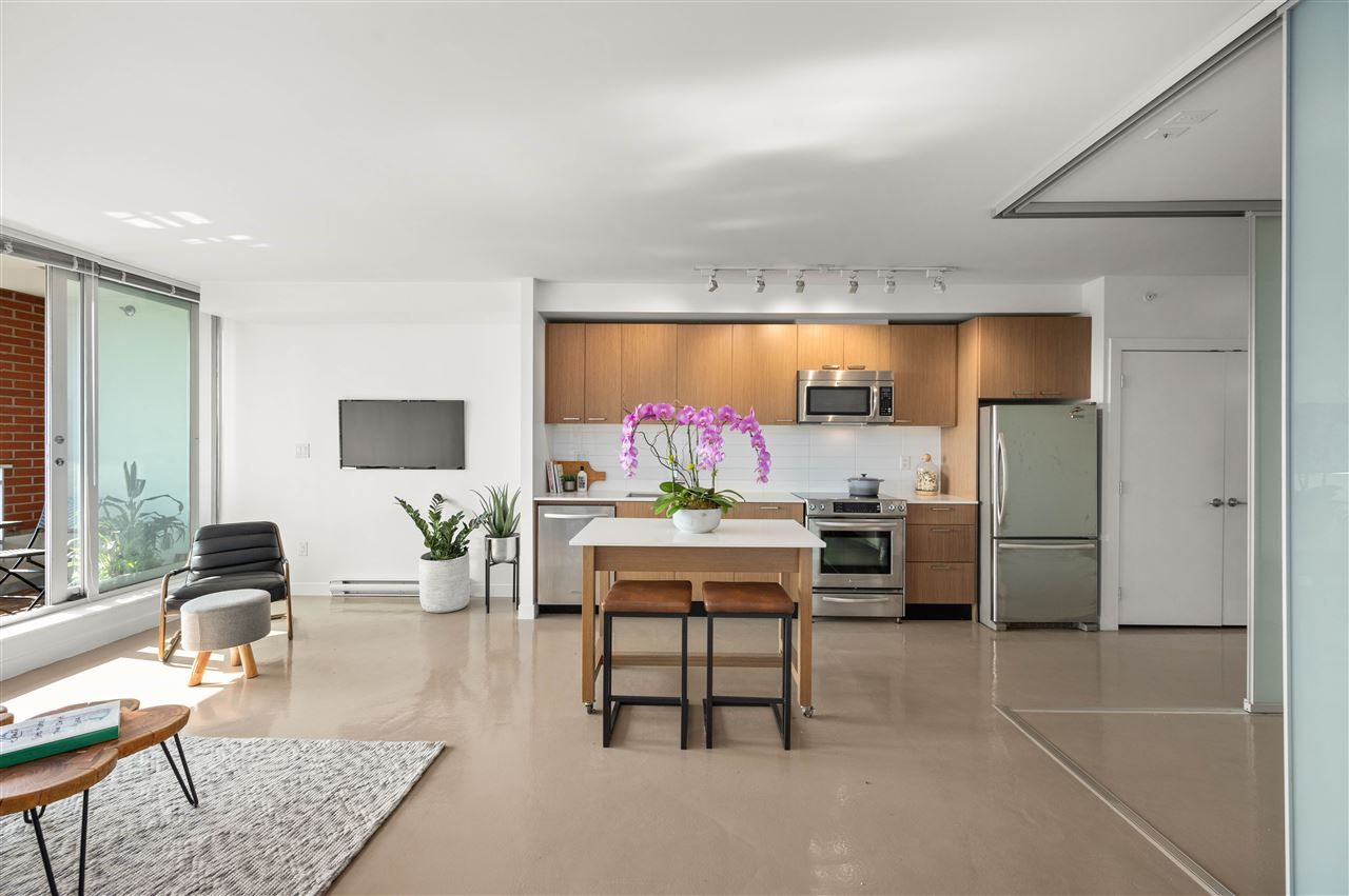 """Main Photo: 715 221 UNION Street in Vancouver: Strathcona Condo for sale in """"V6A"""" (Vancouver East)  : MLS®# R2505007"""