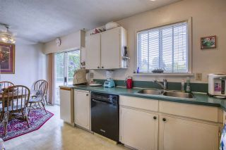 Photo 17: 15815 THRIFT Avenue: White Rock House for sale (South Surrey White Rock)  : MLS®# R2480910