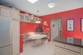 """Photo 11: 4264 ATLEE Avenue in Burnaby: Deer Lake Place House for sale in """"DEER LAKE PLACE"""" (Burnaby South)  : MLS®# R2571453"""