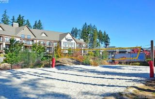 Photo 17: 108 1400 Lynburne Pl in VICTORIA: La Bear Mountain Condo for sale (Langford)  : MLS®# 817239