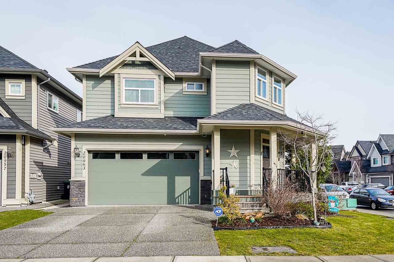 Main Photo: 20963 80B Avenue in Langley: Willoughby Heights House for sale : MLS®# R2545226
