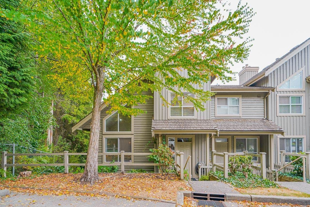 """Main Photo: 326 1465 PARKWAY Boulevard in Coquitlam: Westwood Plateau Townhouse for sale in """"SILVER OAK"""" : MLS®# R2607899"""