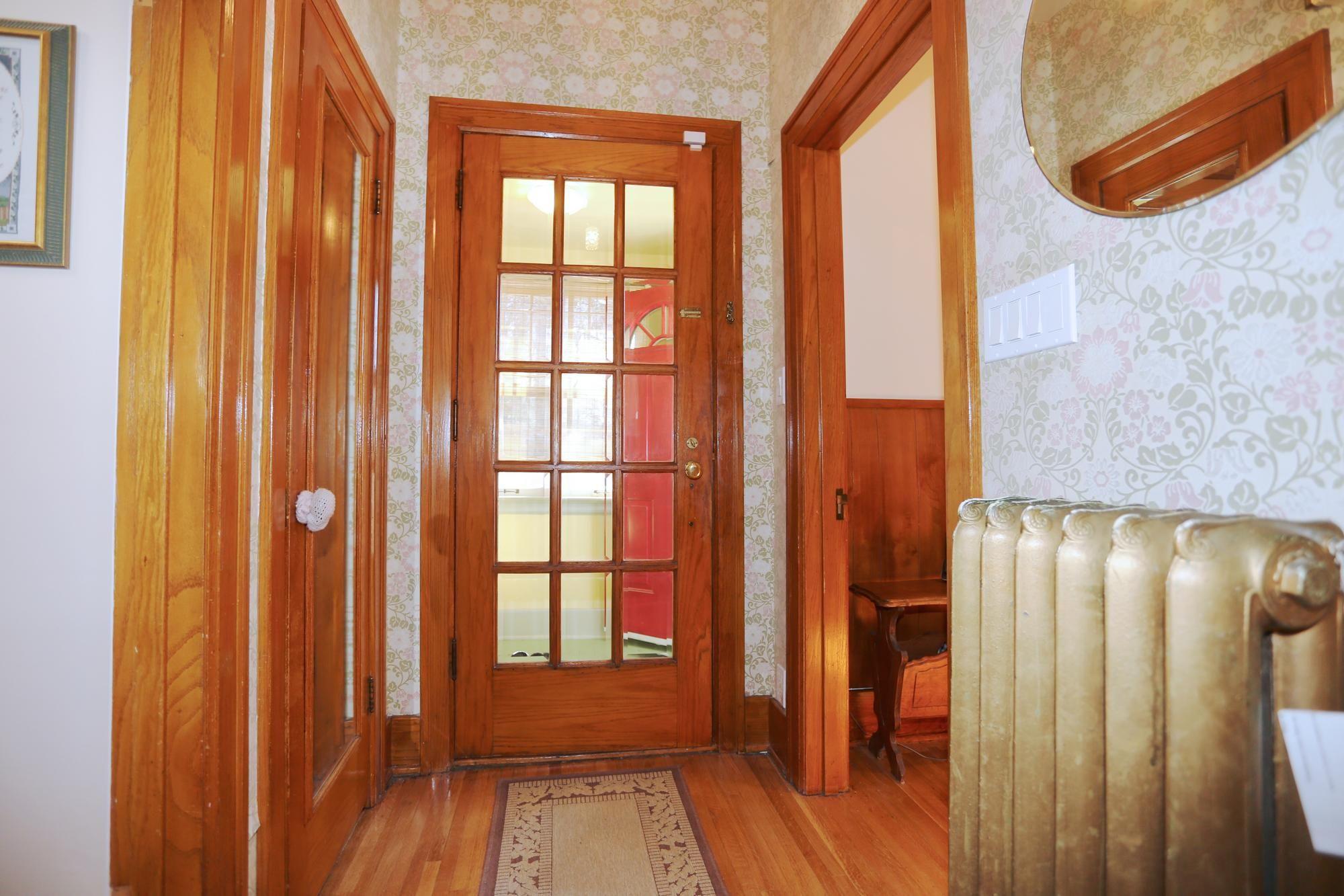 Photo 5: Photos: 109 Garfield Street South in Winnipeg: Wolseley Single Family Detached for sale (5B)  : MLS®# 1808340