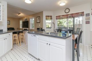 Photo 7: 2373 Larsen Rd in : ML Shawnigan House for sale (Malahat & Area)  : MLS®# 887877