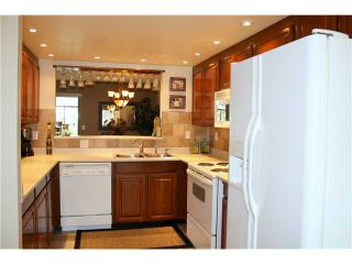 """Photo 4: 7348 ELK VALLEY Place in Vancouver: Champlain Heights Townhouse for sale in """"PARKLANE"""" (Vancouver East)  : MLS®# V911866"""