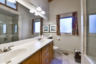 Photo 14: 1329 16 Street NW in Calgary: Hounsfield Heights/Briar Hill Detached for sale : MLS®# A1079306