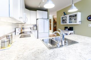 """Photo 13: 444 3098 GUILDFORD Way in Coquitlam: North Coquitlam Condo for sale in """"MARLBOROUGH HOUSE"""" : MLS®# R2519004"""