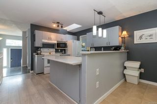 Photo 11: 118 Mocha Close in : La Thetis Heights House for sale (Langford)  : MLS®# 885993