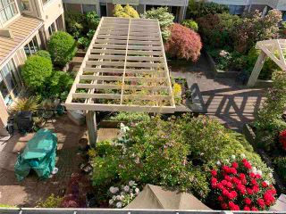 """Photo 8: 305 3766 W 7TH Avenue in Vancouver: Point Grey Condo for sale in """"THE CUMBERLAND"""" (Vancouver West)  : MLS®# R2583728"""